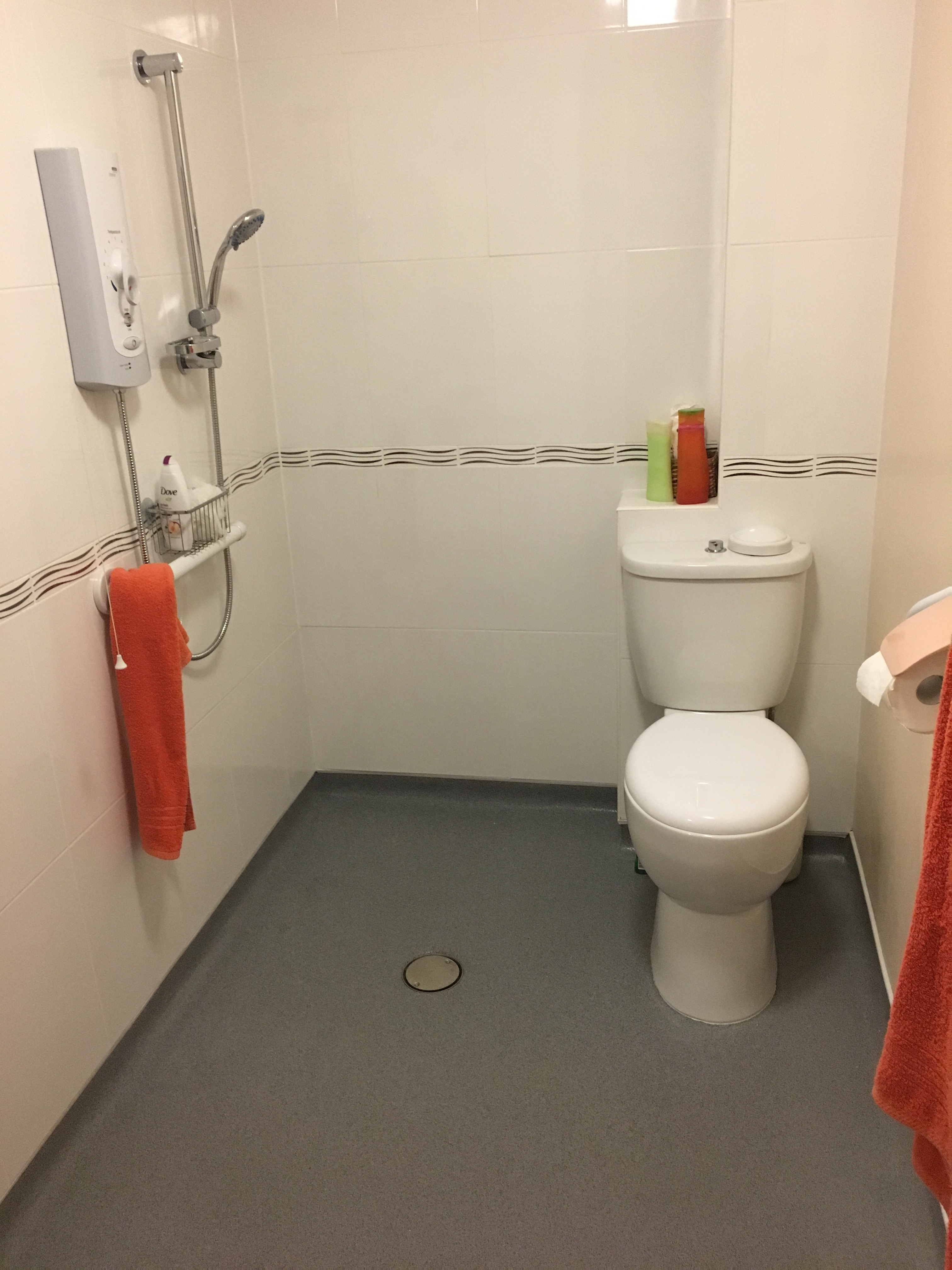 Wet Room Designs Uk: Apollo Design Mobility Wet Room Installation And Bathroom