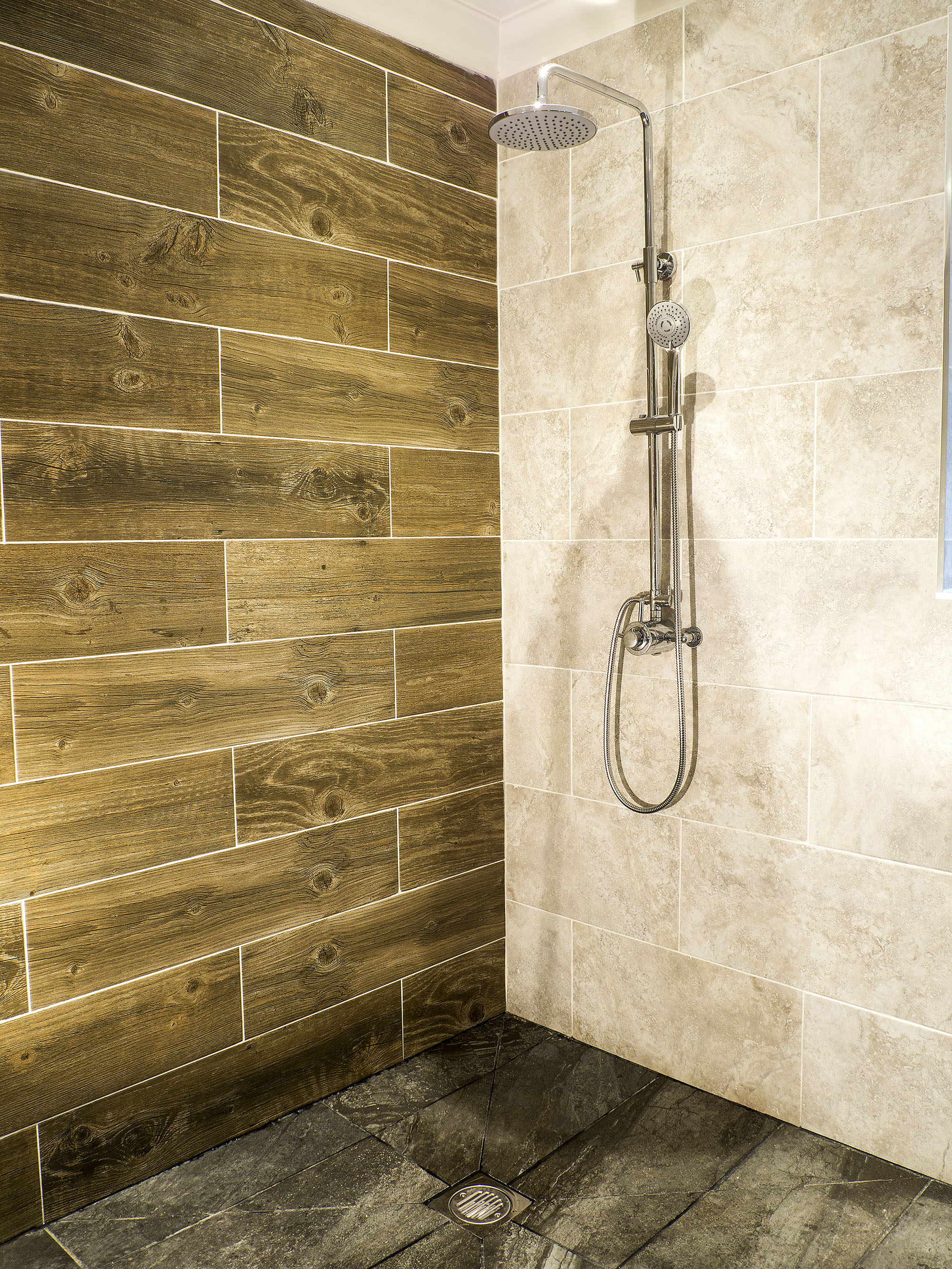 Apollo design wet room installations and bathroom design wet rooms dailygadgetfo Image collections