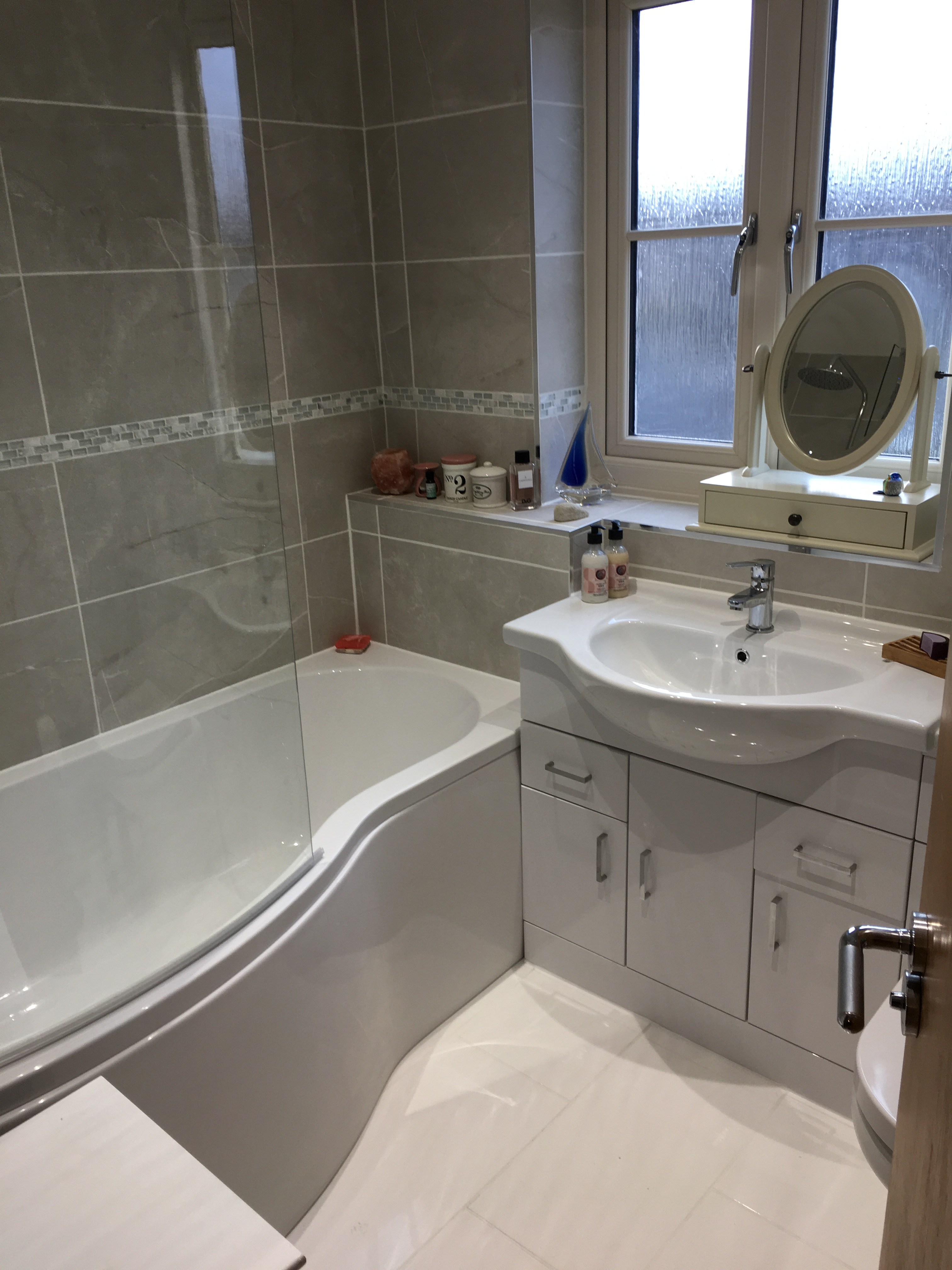 White Units To Match The P Shape Bath And Floor Tiles We Also Ed Four Down Lights In Ceiling Think It Worked Very Well